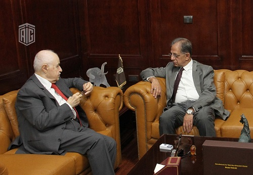 Abu-Ghazaleh Receives South African Ambassador to Jordan, Discusses Issues of Mutual Interest